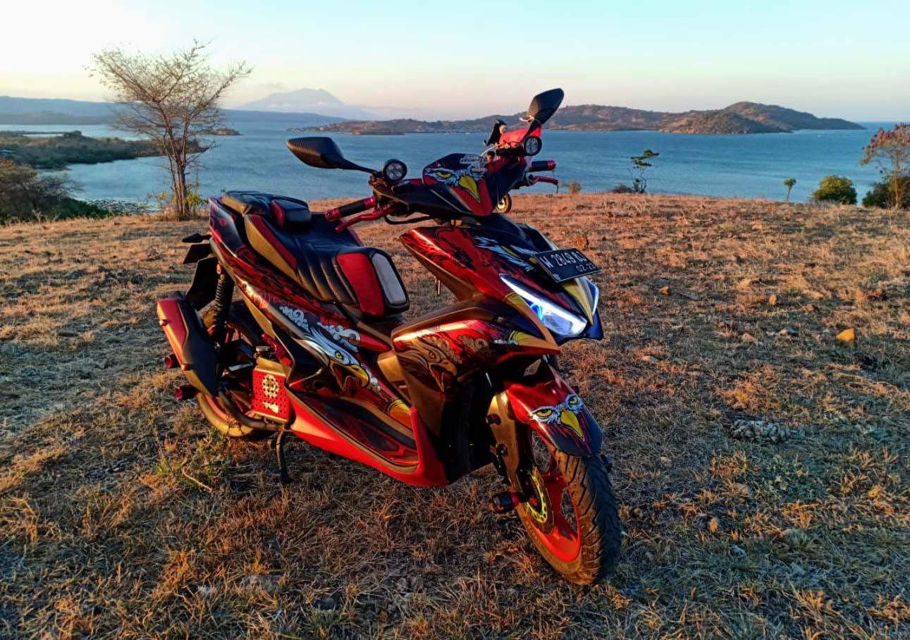 "Modifikasi Yamaha Aerox 155 ""Sang Garuda"". Bukan Motor Pajangan"