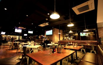 Brewerkz, Cool Sport Lounge