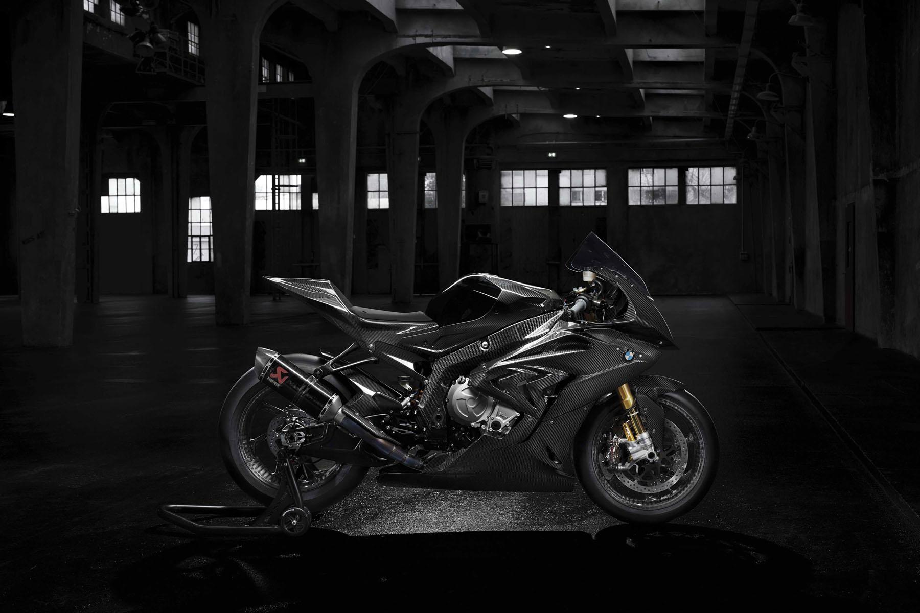 bmw-s1000rr-hp4-race-1