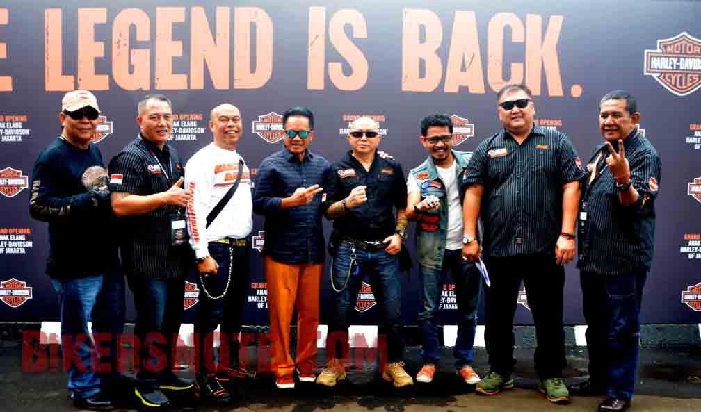 Tim Harley-Davidson dan rekan