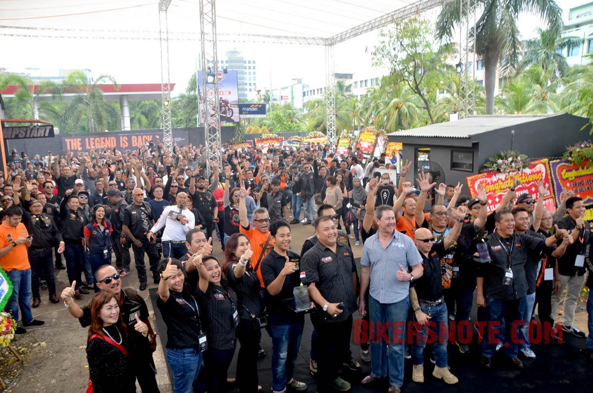 Ratusan biker menghadiri acara Grand Opening Anak Elang Harley-Davidson of Jakarta