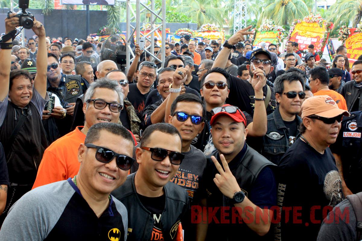 Lautan biker memeriahkan pembukaan Anak Elang Harley-Davidson of Jakarta