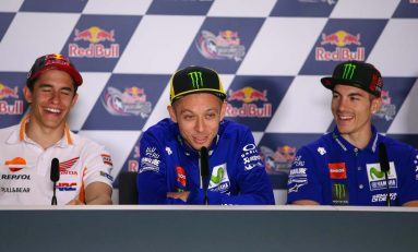 Valentino Rossi Pimpin Klasemen MotoGP