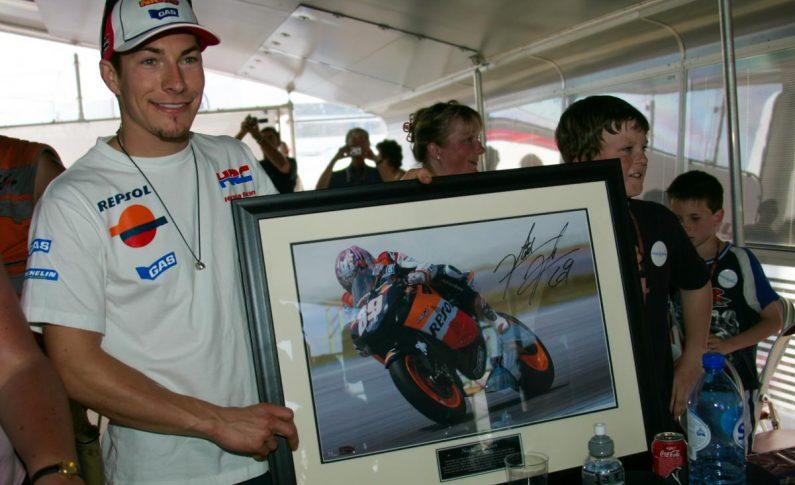 Dukungan Terus Mengalir, Kondisi Nicky Hayden Masih Serius