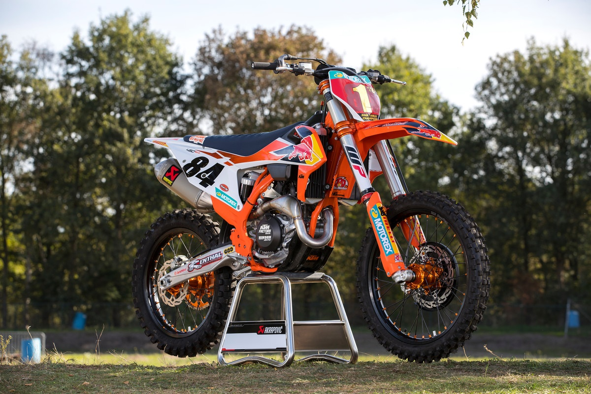 KTM 450 SX-F Herlings Replica Mendarat di IIMS 2019