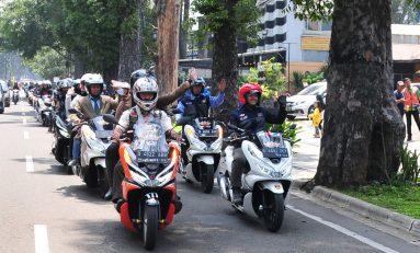DAM Gelar PCX Luxurious Ride Sambil Keliling Kota Bandung