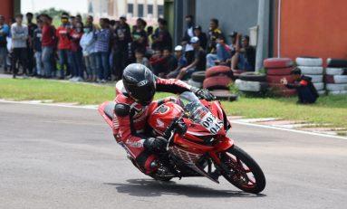Tomy Salim Berbagi Ilmu Balap ke Komunitas Honda CBR