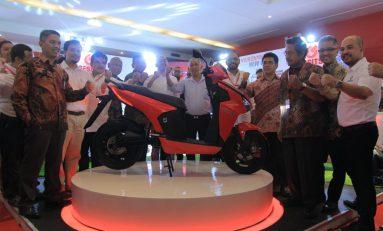 Gesits, Sepeda Motor Listrik Produksi Indonesia Resmi Meluncur di IIMS 2019