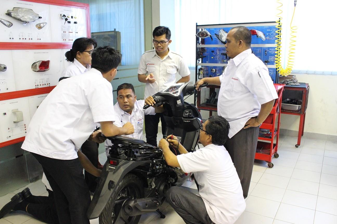 Komitmen Honda Tingkatkan Kualitas Guru SMK