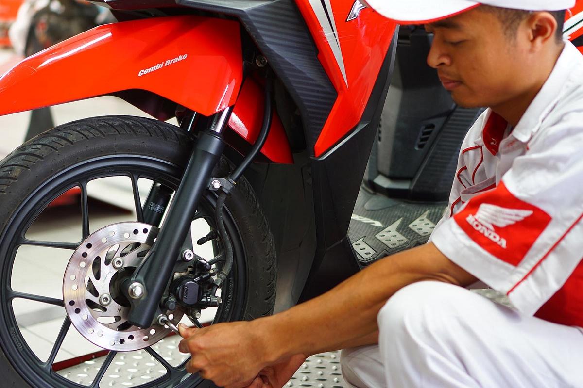 Tips Perawatan Rem Cakram Pada Sepeda Motor