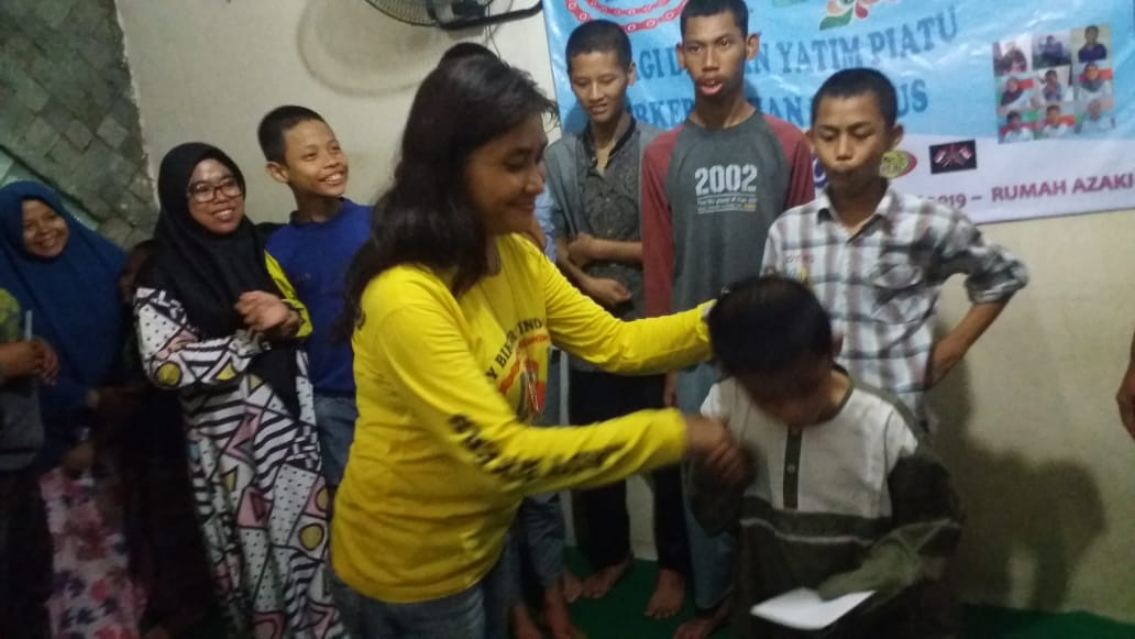 Lady Bikers Indonesia (LBI) Berbagi dengan Anak Yatim Piatu Berkebutuhan Khusus