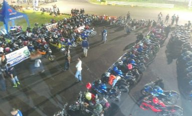 Suzuki Saturday Night Ride Surabaya Ajak Bikers Taklukkan Sirkuit Bung Tomo