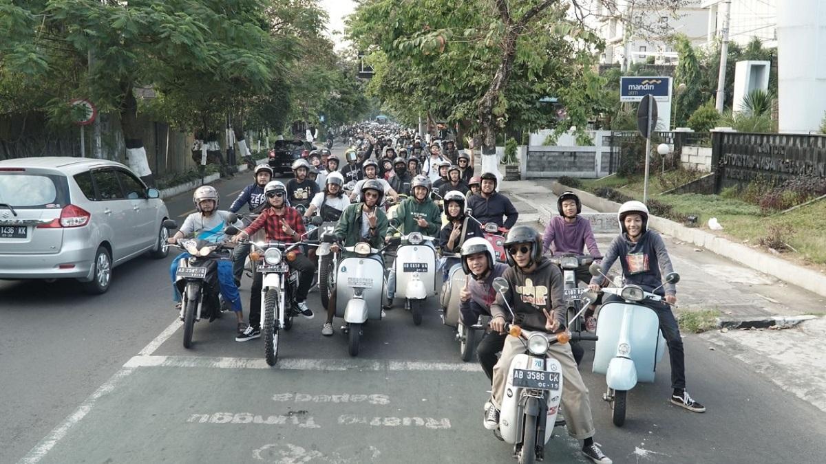 Ribuan Bikers Jogja Turun ke Jalan Sambil Baksos