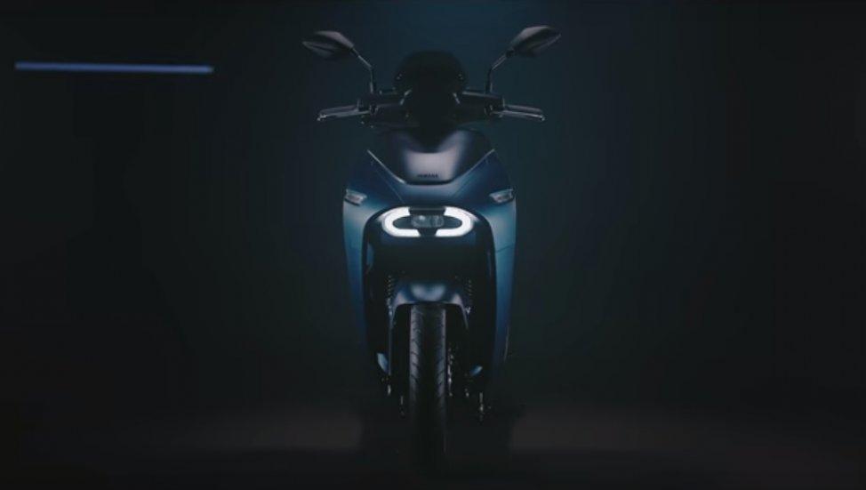 Skuter Listrik Yamaha EC-05 Meluncur Agustus