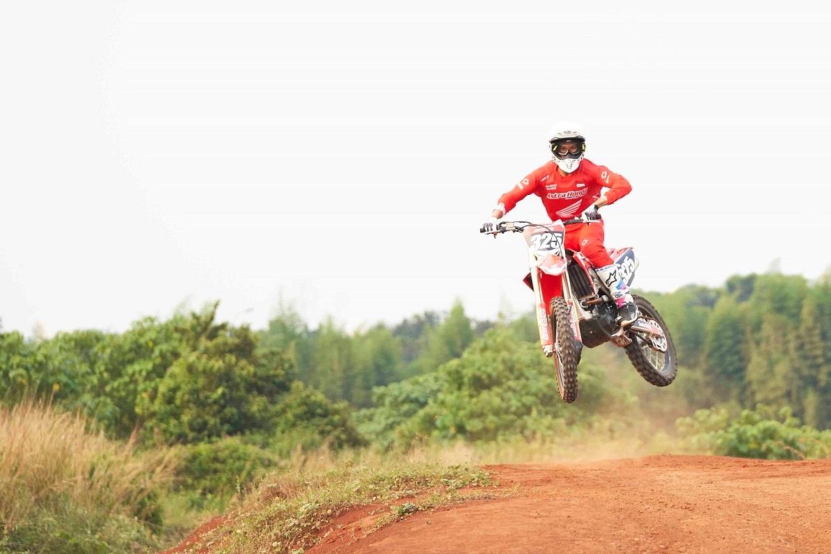 Gandeng Delvintor, AHRT Terjun di Balap Motocross
