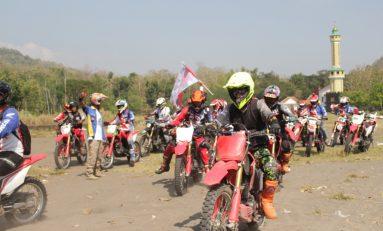 Ribuan Bikers Touring Adventure Geber Honda CRF