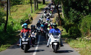 Ratusan Bikers Honda PCX Jawa Timur Touring Bareng