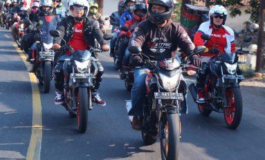 Touring Kemerdekaan Ribuan Bikers Honda Peringati HUT RI ke-74