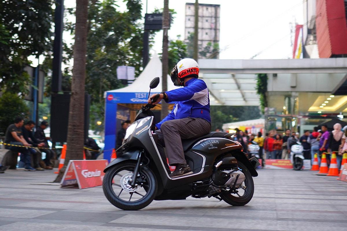 6 Kelakuan Bikers Bikin Motor Matik Cepat Rusak