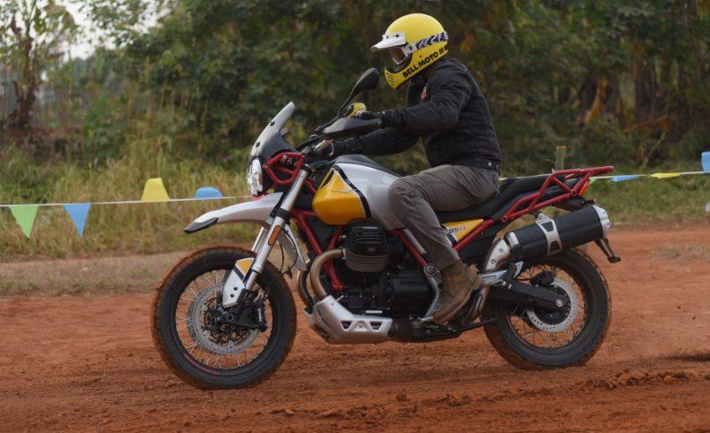 Menjajal Kemampuan Moto Guzzi V85TT di Trek Tanah