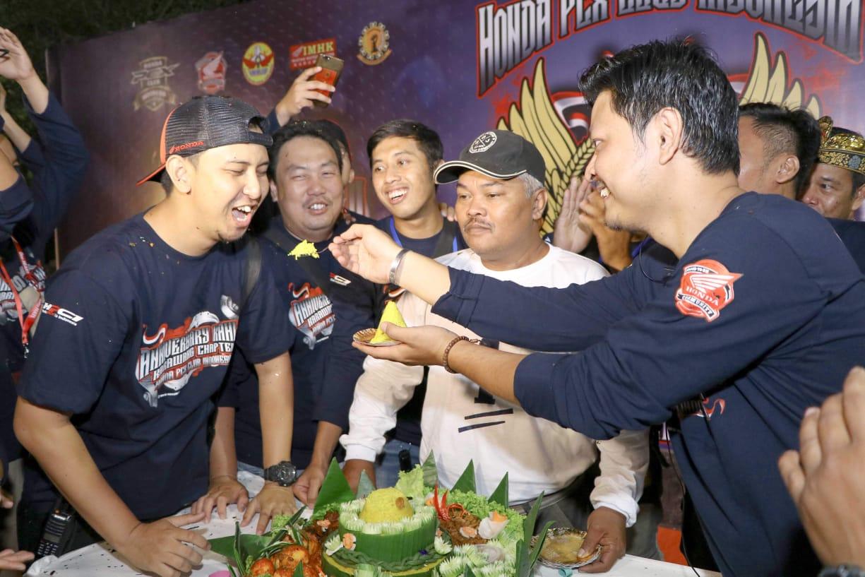 HUT Pertama Honda PCX Club Indonesia (HPCI) Karawang Gelar Sunat Massal