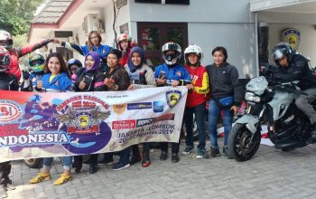 Touring Perdana Lady Bikers Indonesia (LBI) Menuju Lombok
