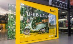 Vespa Picnic Hadir dengan Dekorasi Khusus di Dealer Motoplex