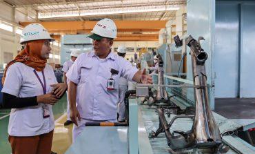 AHM Perlihatkan Produksi Rangka eSAF Honda Genio