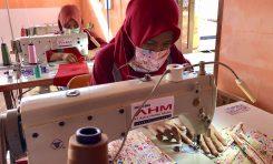 Mitra Binaan AHM Baralih Produksi Masker