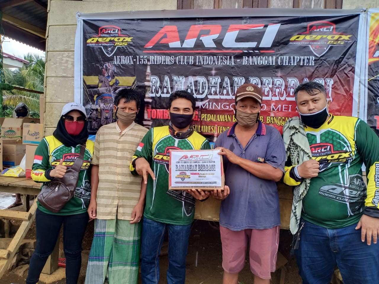Baksos ARCI Banggai Sambangi Warga Suku Pedalaman Sulawesi Tengah