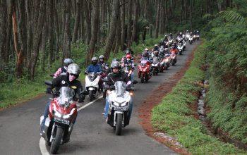 Puluhan Bikers Jawa Barat Touring Bareng Legenda Persib Bandung