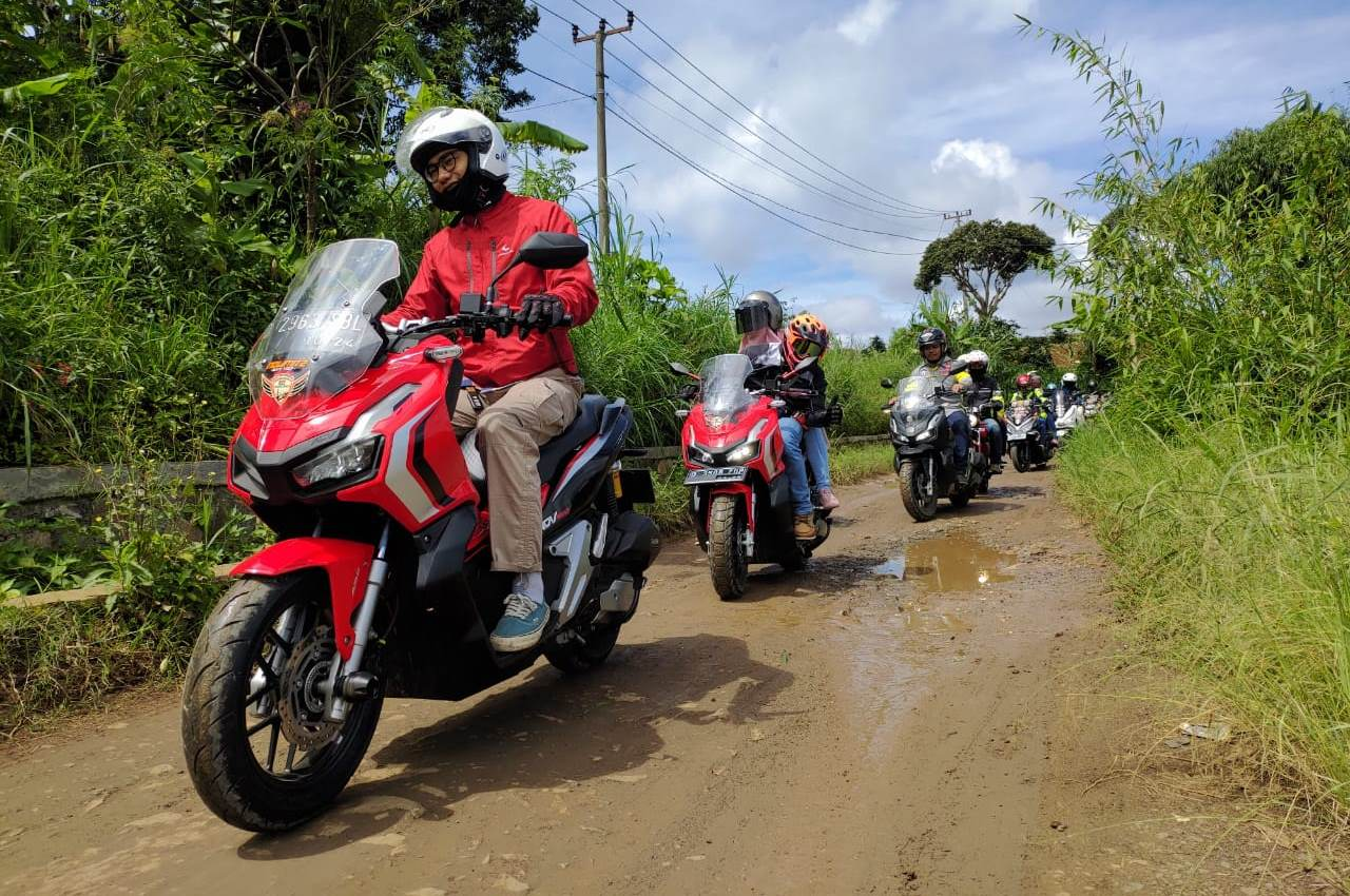 Bandung Owners ADV (BOA) Sukseskan Misi Honda ADV150 Exploride – Culture Mission