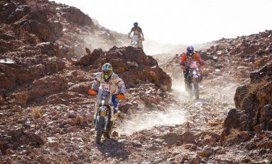 Toby Price Melorot, Sam Sunderland Pimpin Klasemen Sementara Reli Dakar Arab Saudi 2020