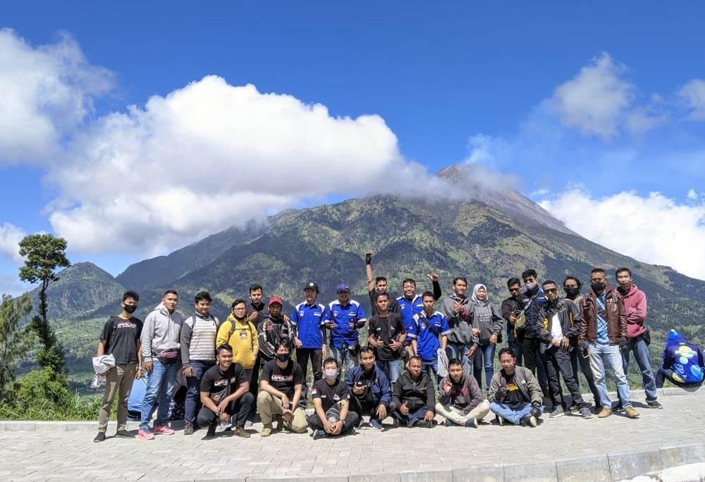 Sunmori Gabungan GSX Community Nusantara (GCN) dan GRID Semarang Geruduk Embung Manajar