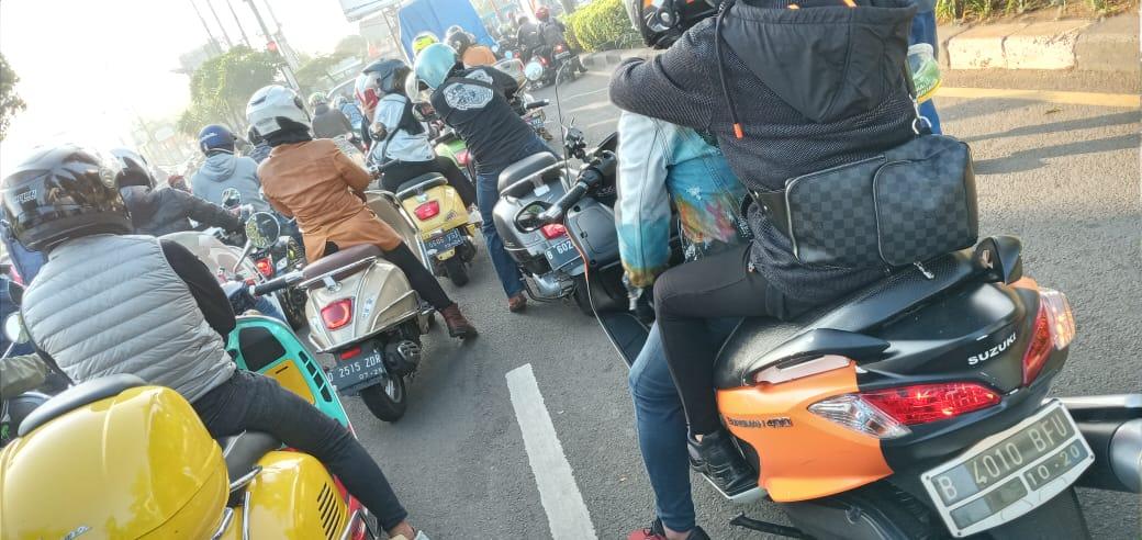 General Team Vespa Society (GTVS) dan Burgmanian Indonesia Riding Bareng ke Puncak