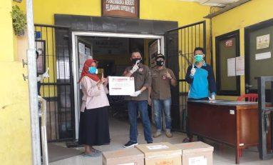 Honda Community Jatim Donasikan APD Untuk Petugas Medis Puskesmas