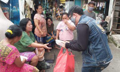 Komunitas Honda ADV Indonesia (HAI) Bagikan Seribu Nasi Kotak di Jakarta