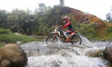 Honda CRF150L Day Leisure Adventure Camp Diikuti Ratusan Bikers