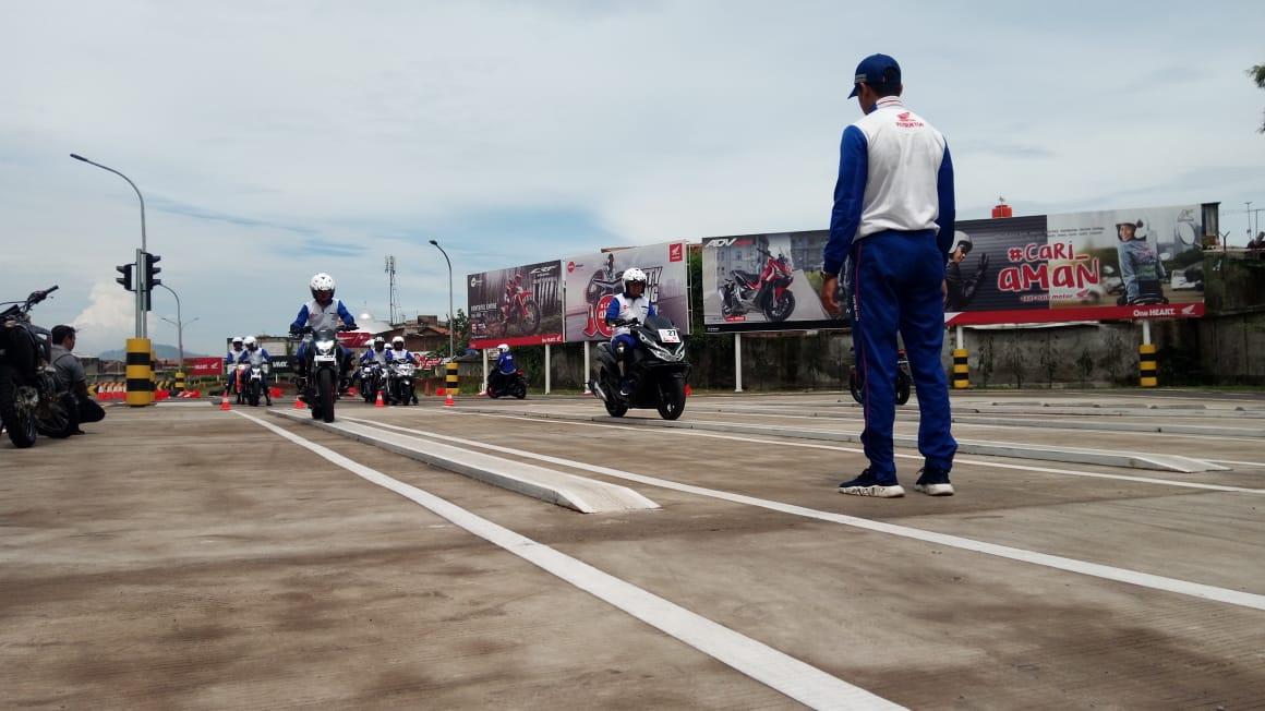 DAM Perluas Duta Keselamatan Lewat Safety Riding Competition for Jurnalis 2020