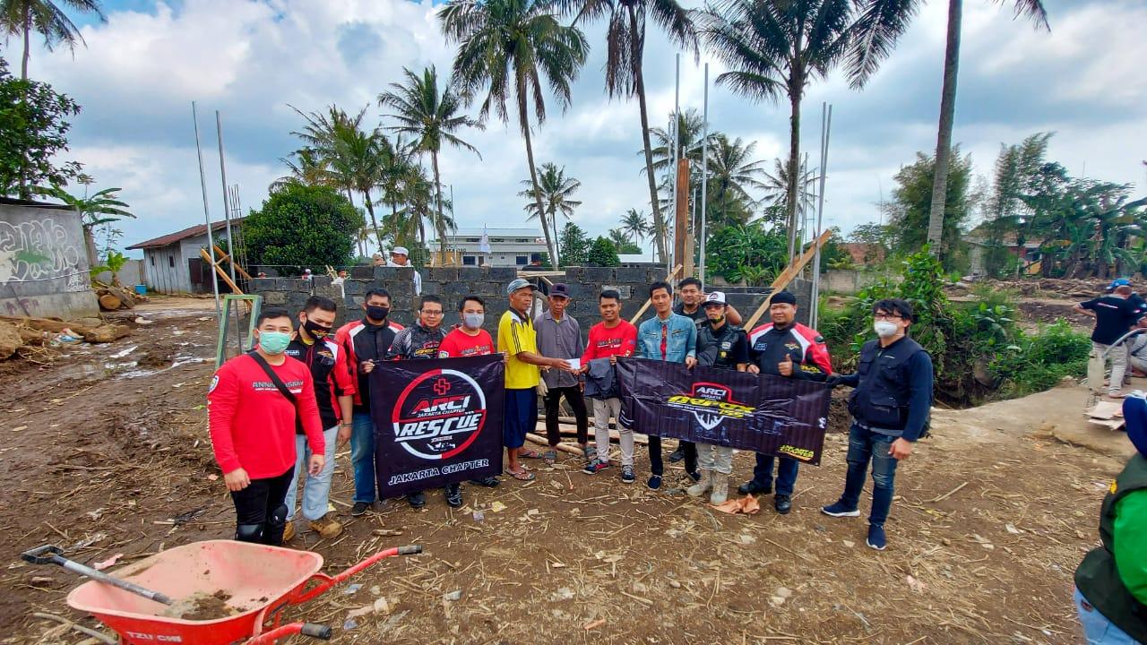 ARCI Jakarta Salurkan Bantuan ke Korban Banjir Sukabumi