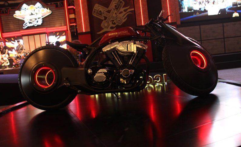 Tunggangan Futuristik dari Smoked Garage Sukses Jadi Iconic Bike Suryanation Motorland 2019