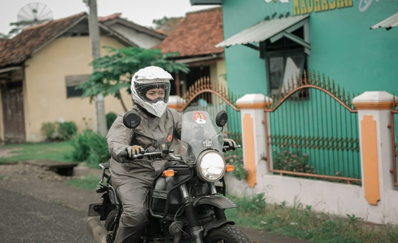 Mengenal Lady Bikers Jisel, Pemegang Gelar Legendary Riders Indonesia (LBI)