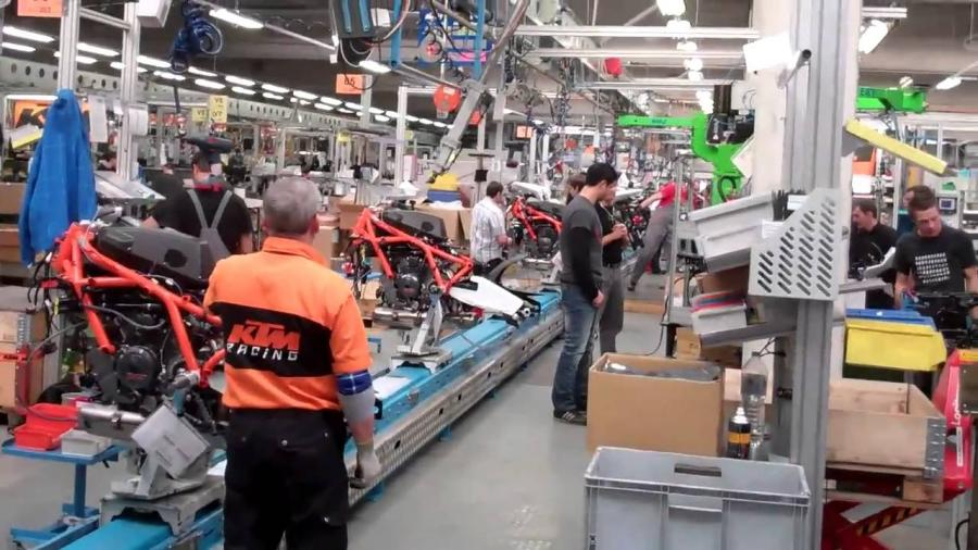 Dampak Corona, Pabrik KTM Ditutup