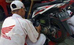 Knalpot Keluar Asap Putih Pada Motor 4-Tak, Cek Komponen Berikut