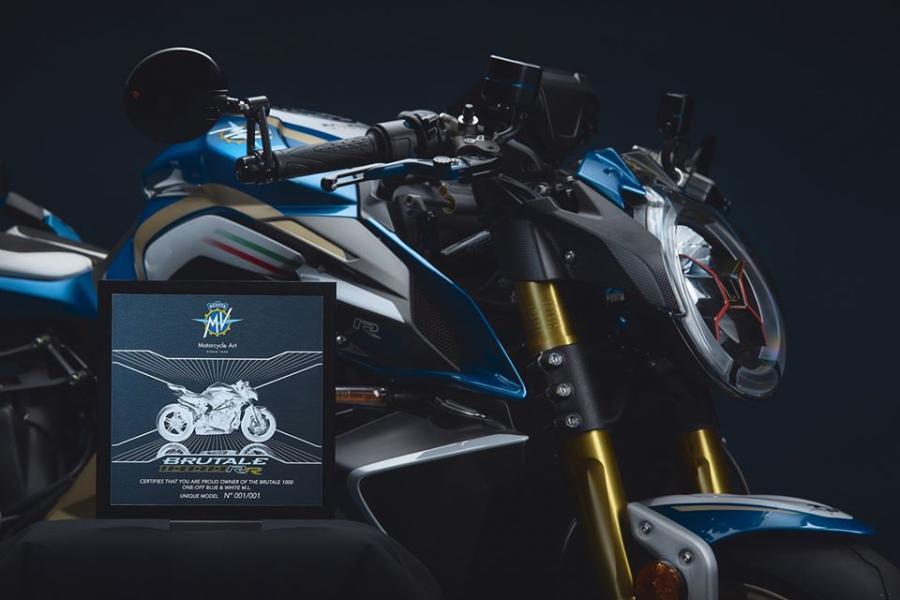 MV Agusta Brutale 1000 RR Blue & White, Super Naked Langka, Hanya Satu Unit di Dunia