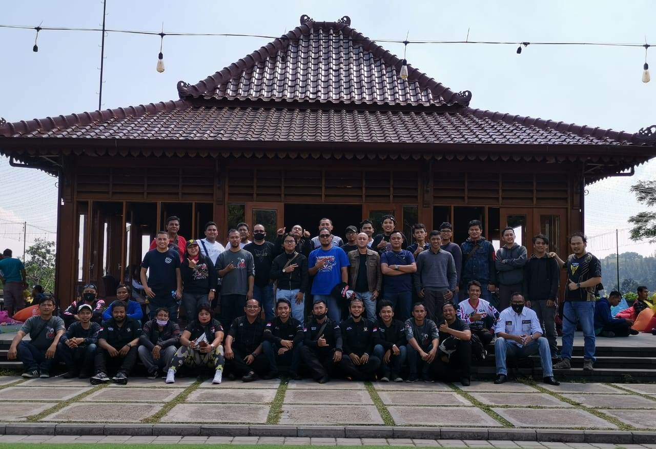 Master Of Torque Riders Indonesia (MTRI) Belajar Safety Riding Bareng Ahlinya