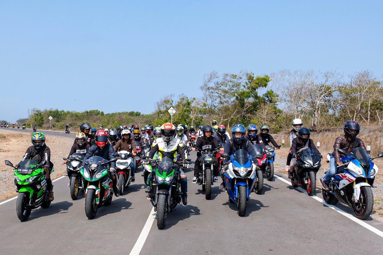 Ali Adrian Touring Bareng Komunitas Bikers Yogyakarta