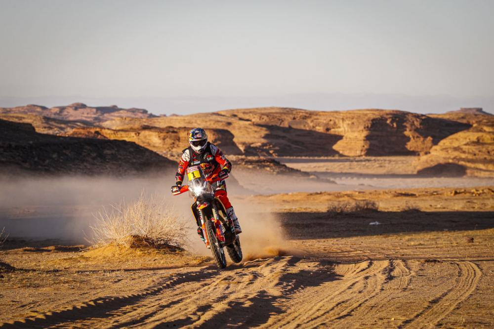 Sunderland Jatuh, Toby Price Rebut Kemenangan di Stage Kelima Reli Dakar 2020