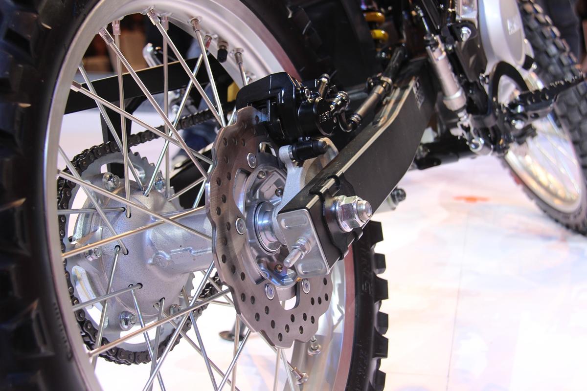 Rem cakram belakang Yamaha WA 155R