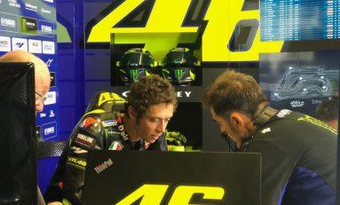 Finis di Posisi Delapan, Rossi: Sangat Memalukan!